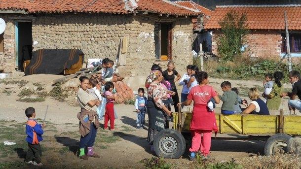 Снимка: Интернет, роми