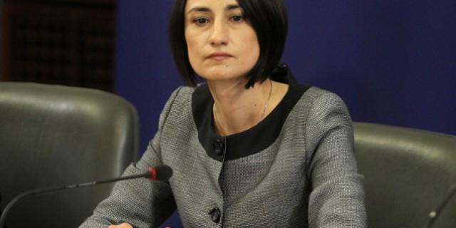 Вицепремиерът и министър на труда и социалната политика в служебния кабинет Деяна Костадинова